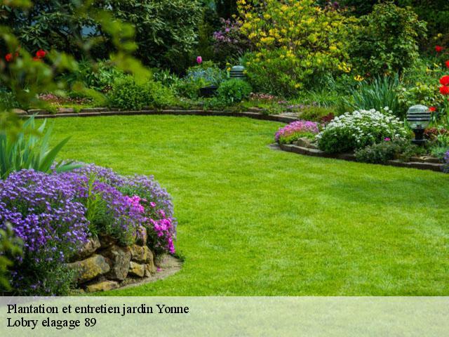 Jardinier pour entretien de jardin à 89 tel: 03.72.83.50.09